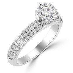 Round Emrald Ring