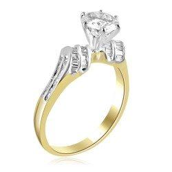 Curvy band ring